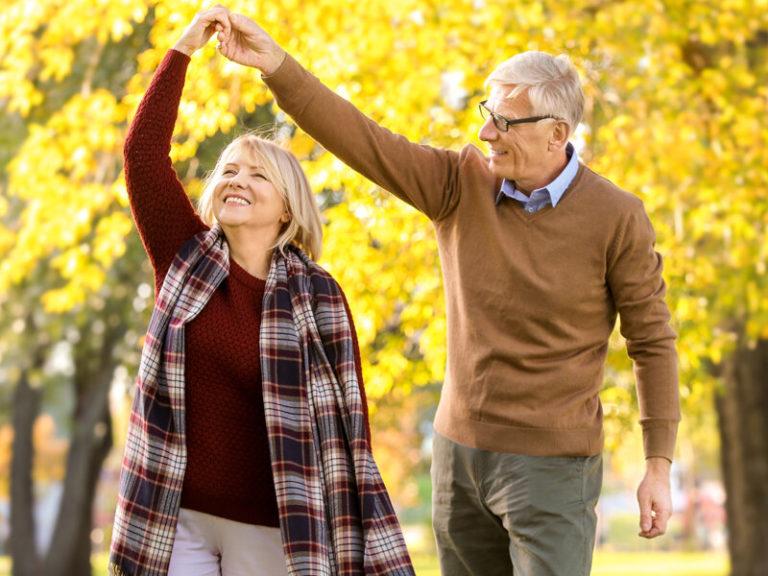 С международным днем пожилого человека !